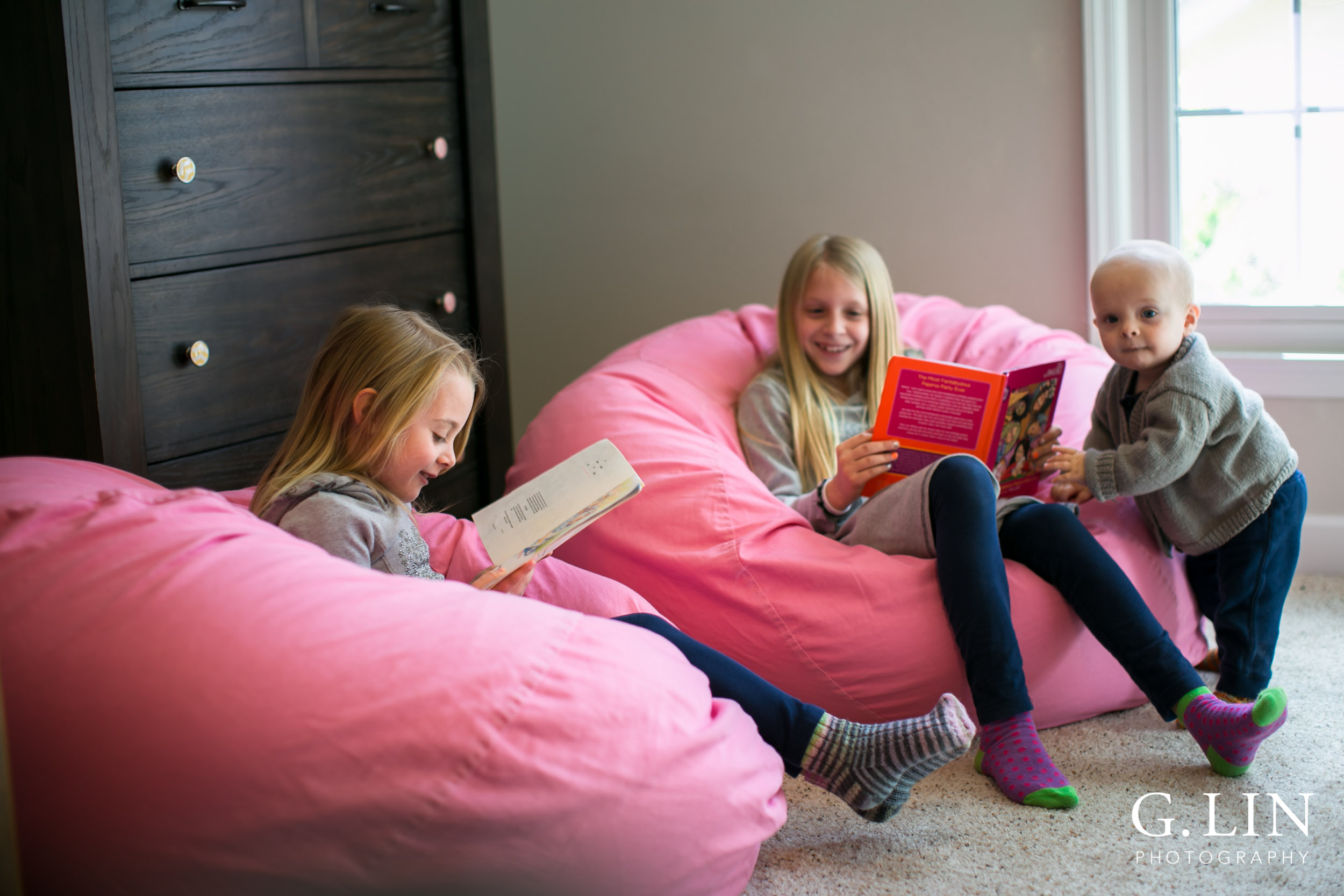Raleigh Family Photographer   G. Lin Photography   Children sitting on bean bags and reading