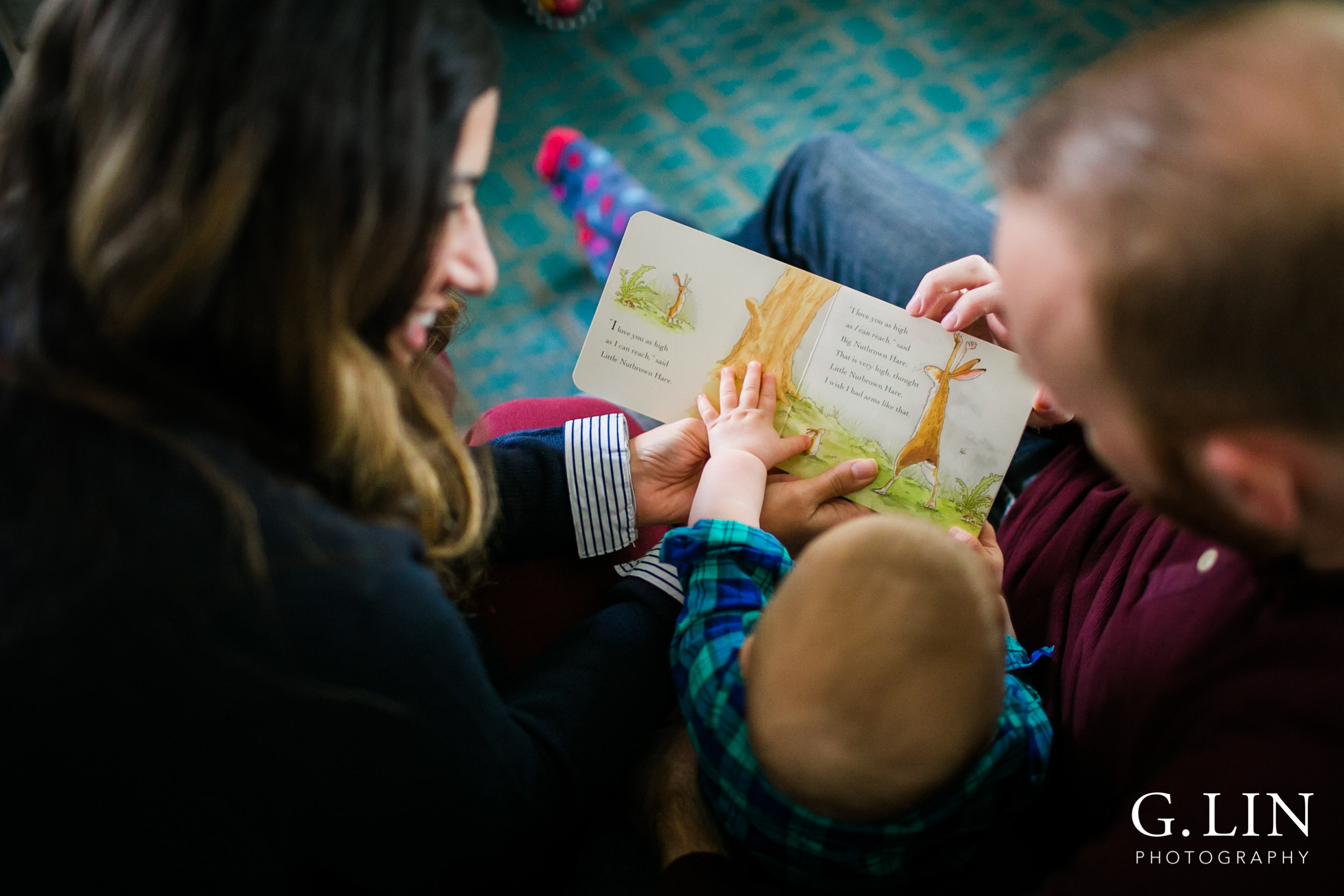 Durham Family Photographer | G. Lin Photography | parents reading book to baby