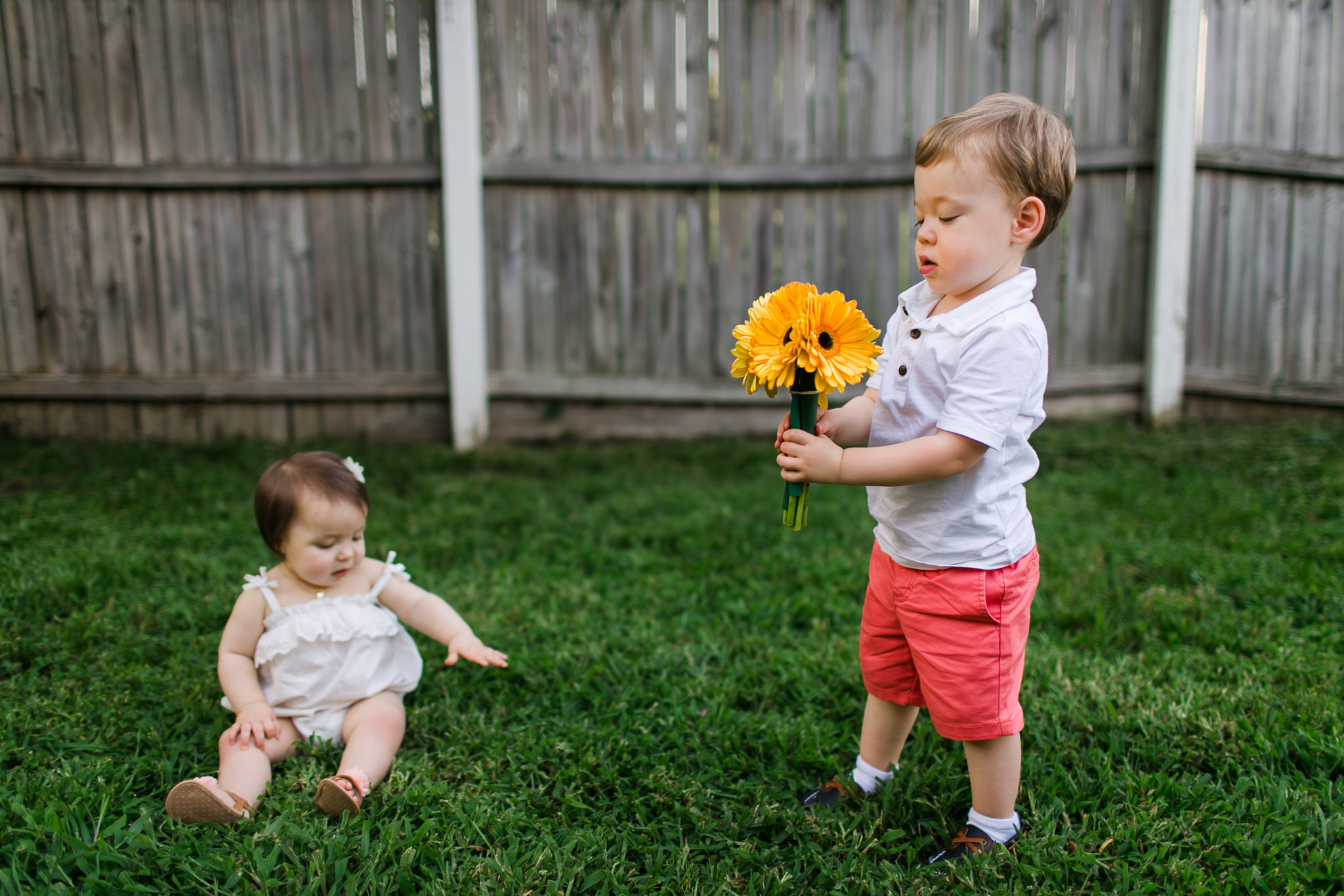 Brother and sister in backyard | Raleigh Children Photographer | By G. Lin Photography