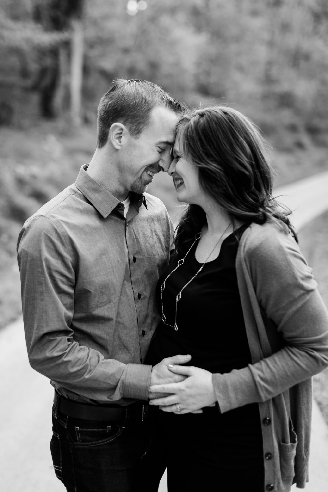 Black and white maternity photo | Hillsborough Maternity Photographer | By G. Lin Photography
