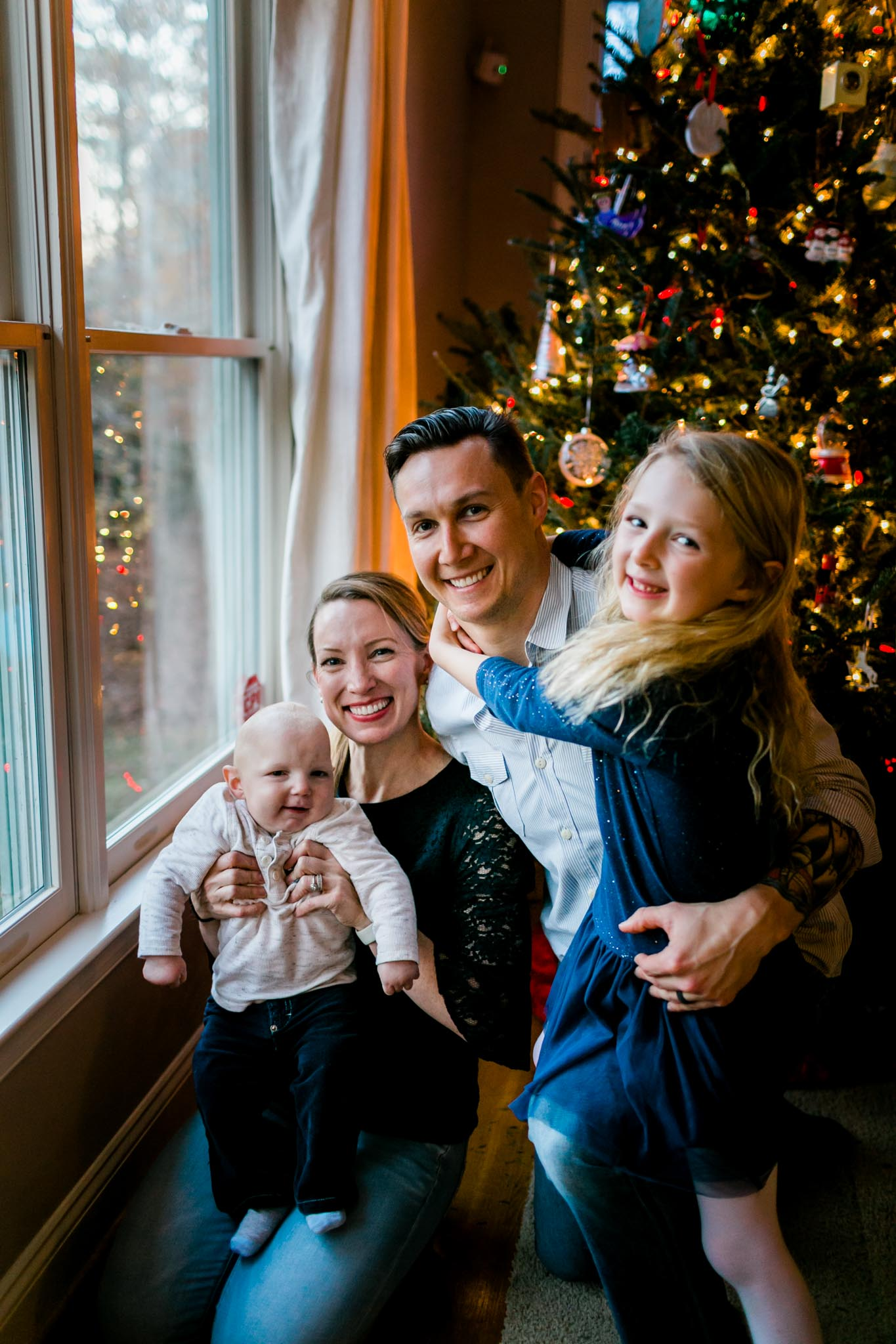 Family photo by Christmas Tree | By G. Lin Photography | Durham Photographer