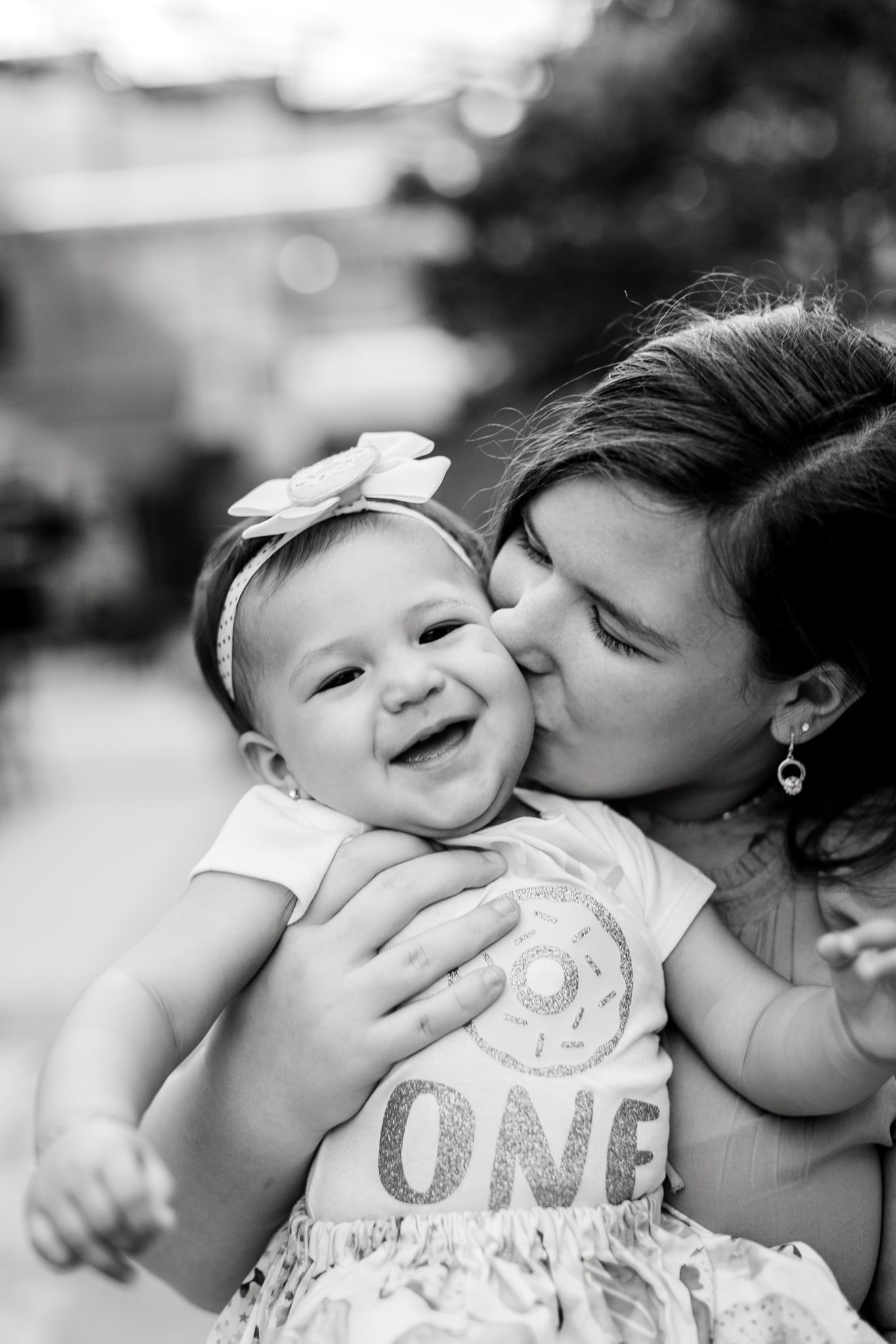 Black and white photo of mother and daughter | Durham Family Photographer | By G. Lin Photography