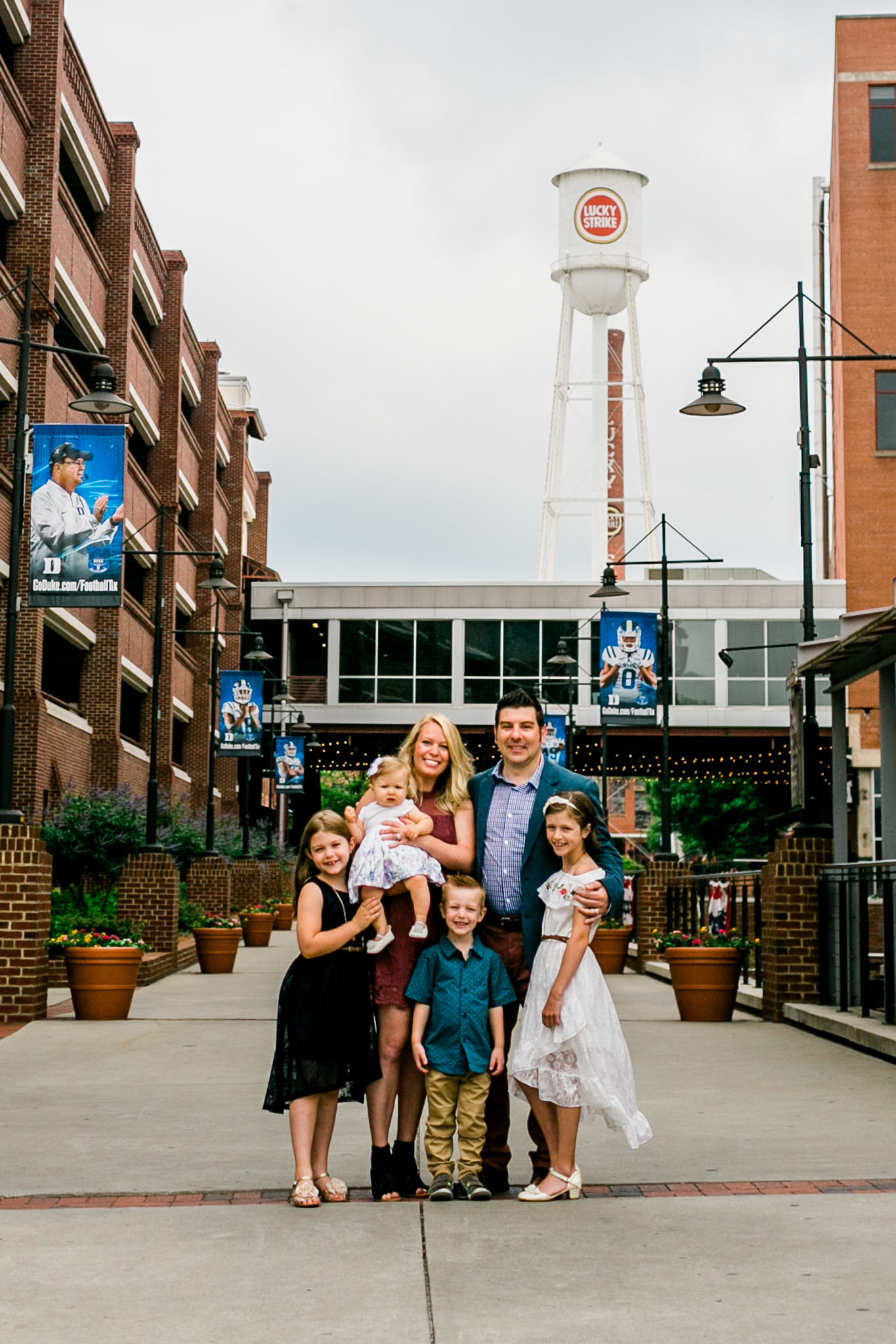 Durham Family Photographer | By G. Lin Photography | Outdoor summer family portrait
