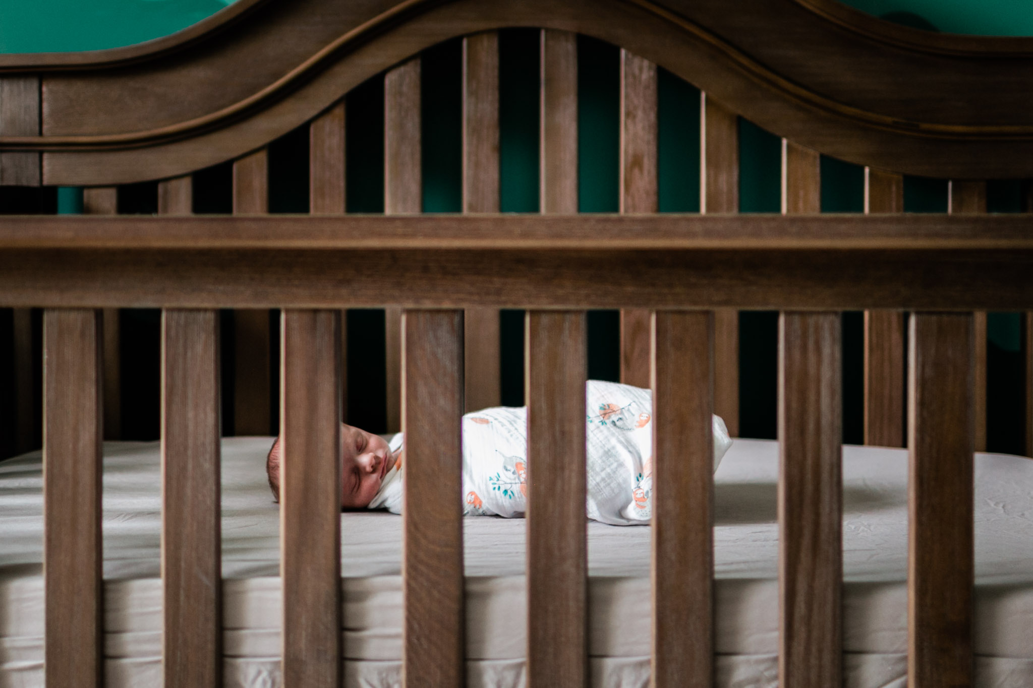 Raleigh Newborn Photographer | By G. Lin Photography | Baby sleeping in crib
