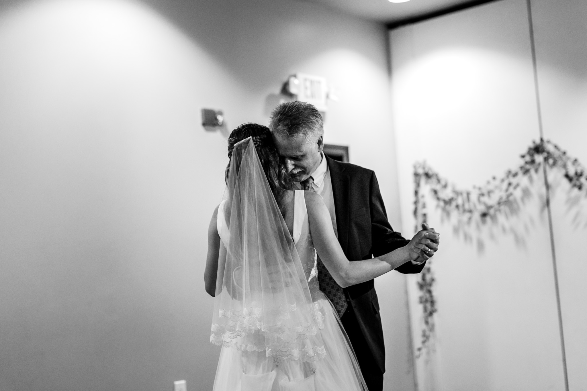 Father and daughter dance | Raleigh Wedding Photographer | By G. Lin Photography