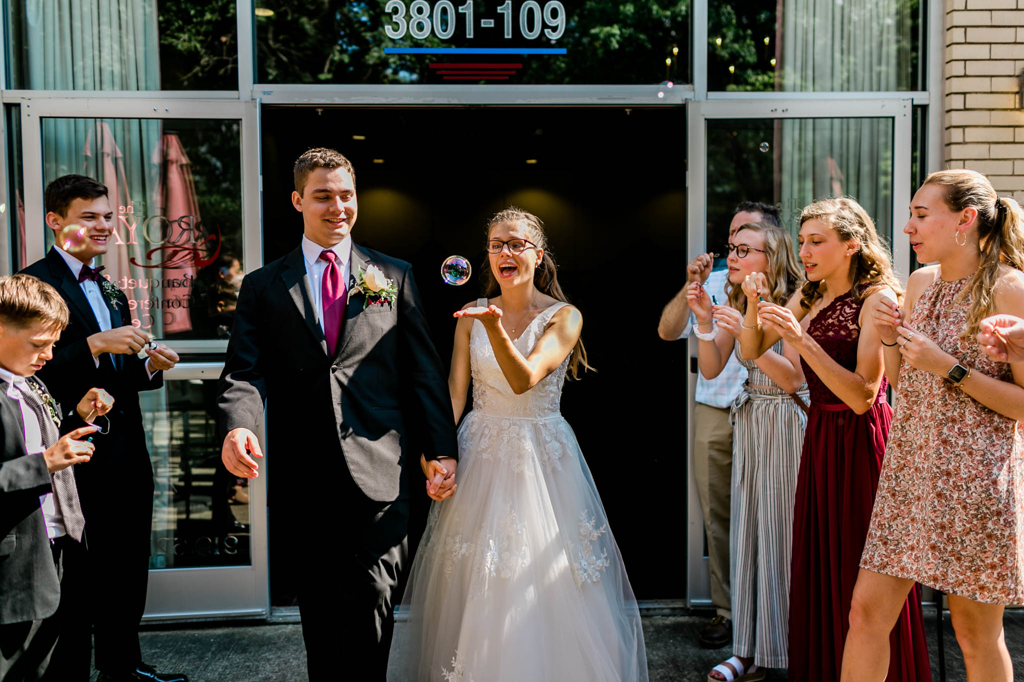 Bride holding bubble | Royal Banquet Conference Center | Raleigh Wedding Photographer | By G. Lin Photography