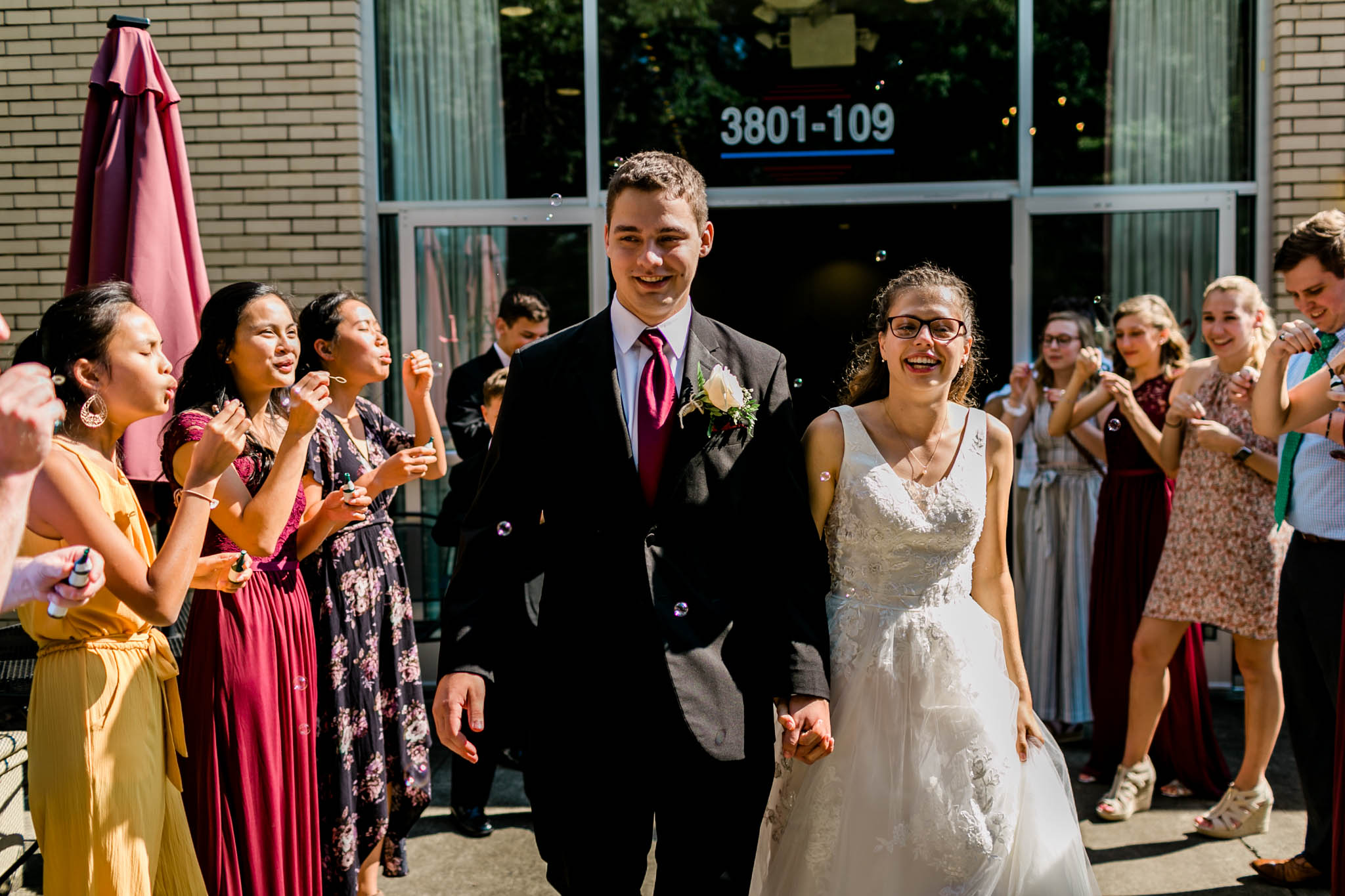 Bride and groom sendoff | Royal Banquet Conference Center | Raleigh Wedding Photographer | By G. Lin Photography