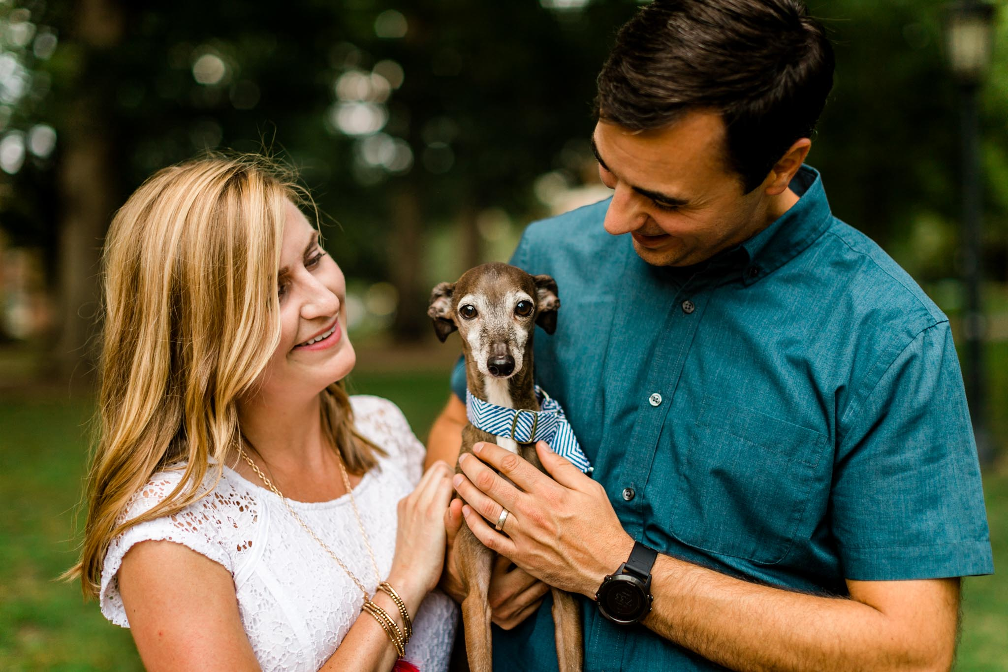 Chapel Hill Family Photographer at UNC | By G. Lin Photography | Couple holding dog