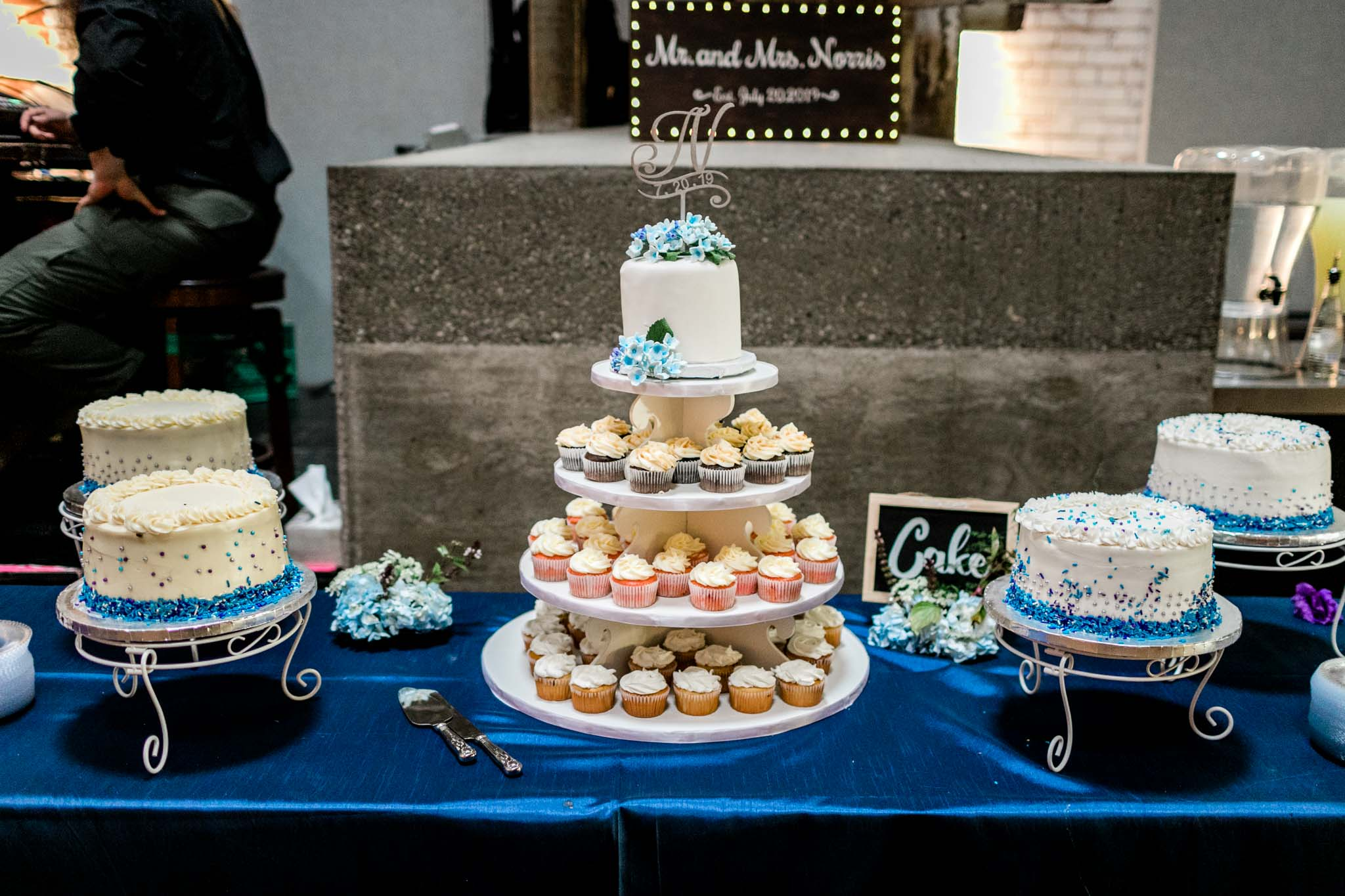 Haw River Ballroom Wedding | Durham Photographer | By G. Lin Photography | Wedding cupcakes and cakes on table