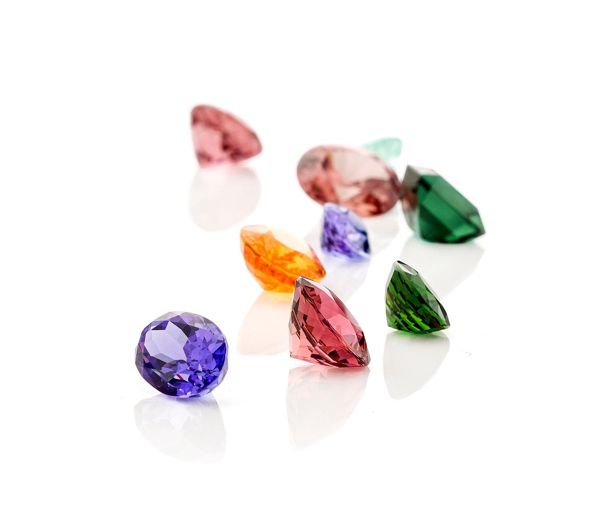 a mix of color, Tanzanite, Pink Tourmaline, Chrome Tourmaline, Mandarin Garnet ...
