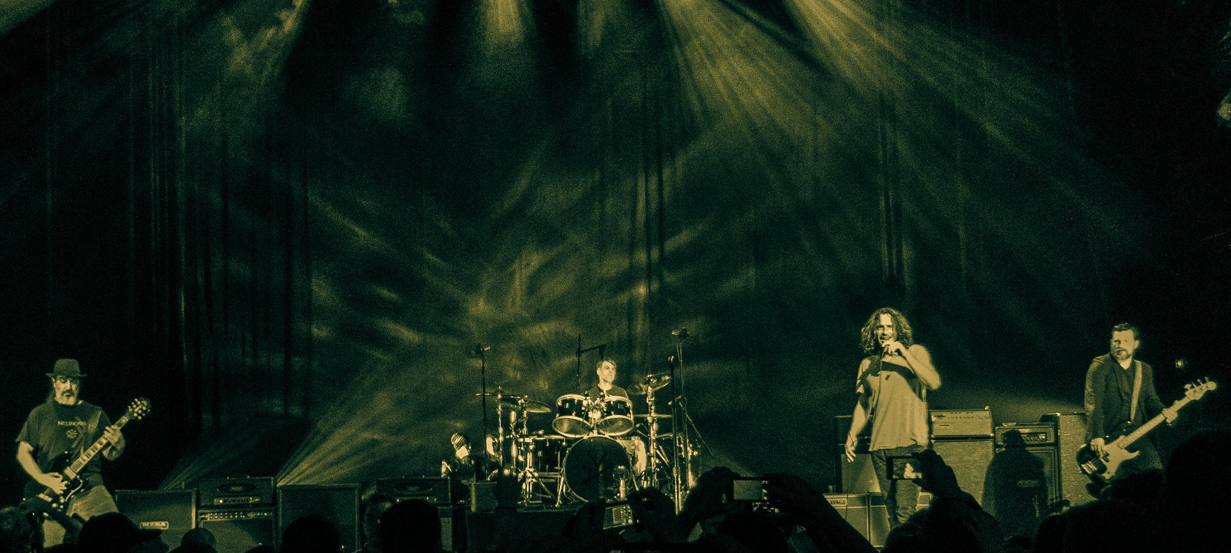 Soundgarden_at_Paramount_Theatre.jpg