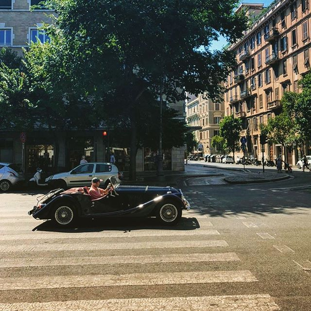 Spotted in Piazza Cola Di Rienzo, Rome -------------------------------------------------- #loveclassics -------------------------------------------------- #classic #classiccar #vintage #retro # #carspotting #oldcar #speed #drivetastefully #dreamcar #engine #horsepower #carswithoutlimits #carsofinstagram #supercars #amazingcars247 #instacars