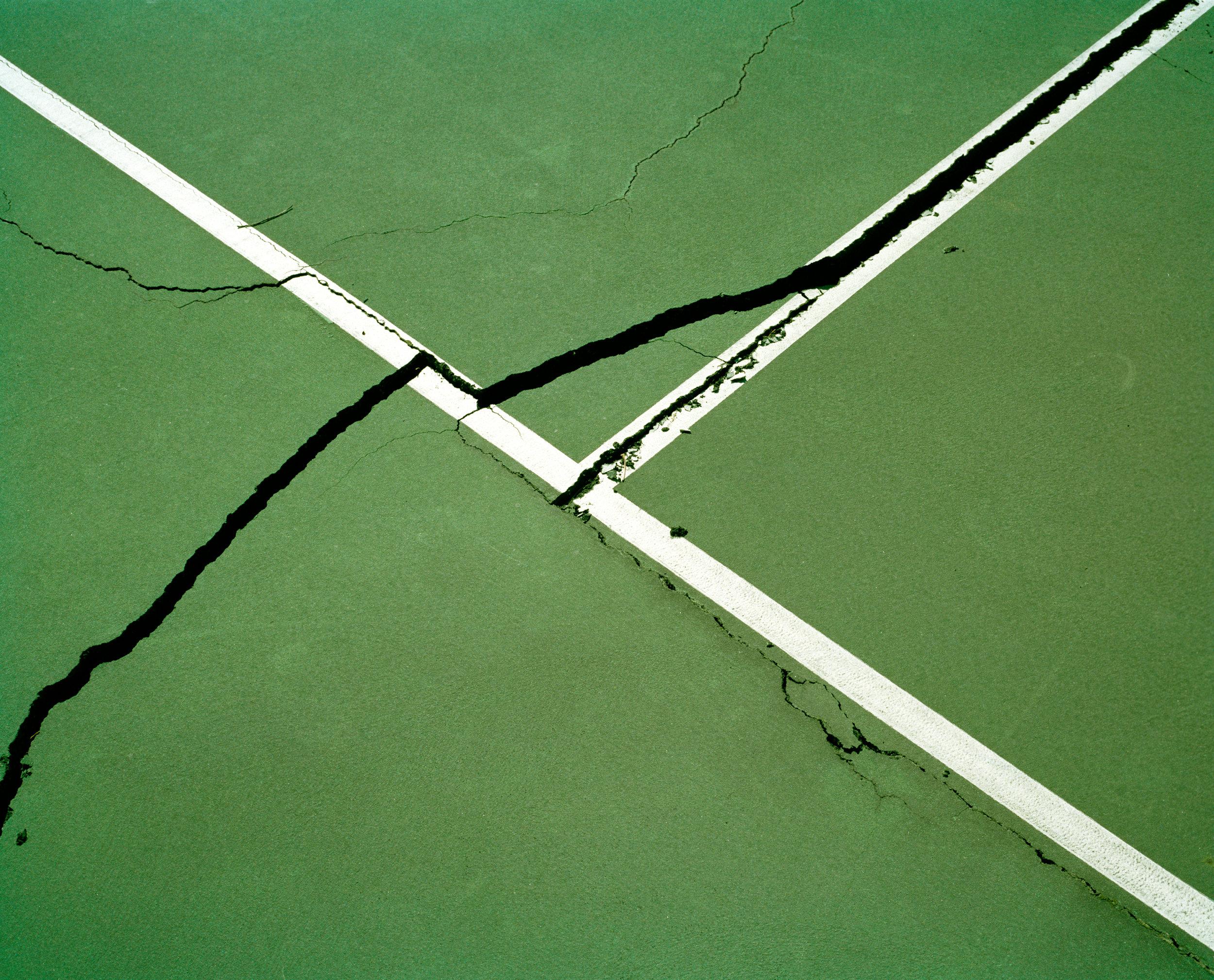 cracks2.jpg
