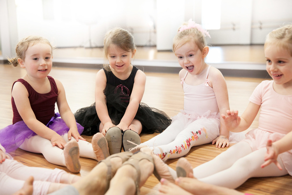 Create. Move. Grow.    Classes for ages 2-7