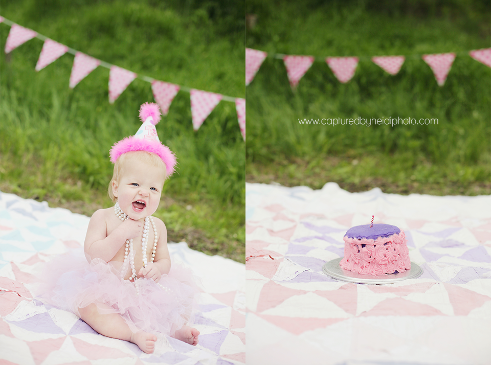 6-central-iowa-family-and-children-photographer-toddlers-babies-one-year-old-cake-smash-huxley-iowa-desmoines.png