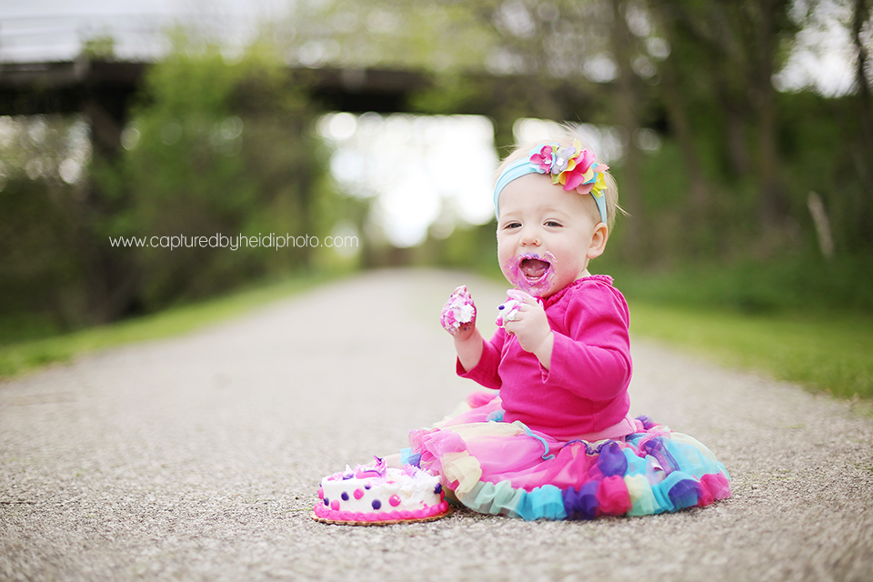 4-central-iowa-baby-photographer-cake-smash-huxley-desmoines-waukee.png