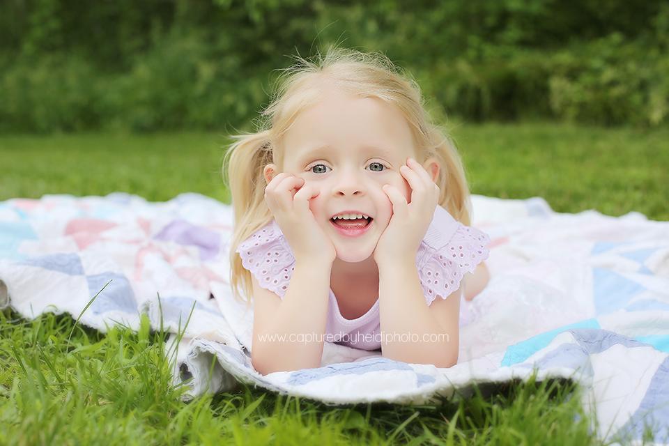 2-central-iowa-children-photographer-huxley-desmoines-johnston.png