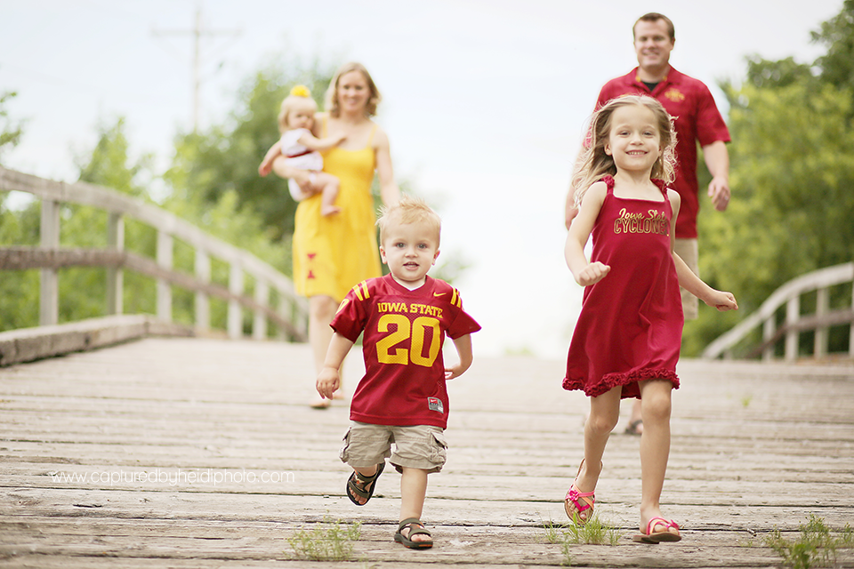 4-central-iowa-family-photographer-iowa-state-cyclones-huxley-ames-schmidt.png