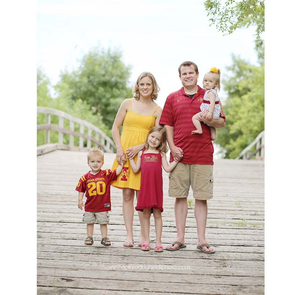 2-central-iowa-family-photographer-iowa-state-cyclones-huxley-ames-schmidt.png