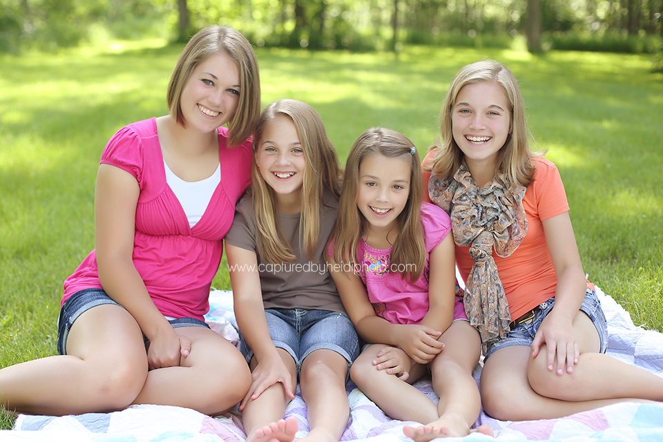 ©cbhJUNE2014-central-iowa-family-photographer-huxley-ames-desmoines.png