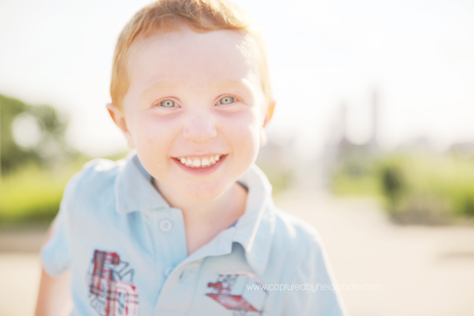 14-central-iowa-photographer-captured-by-heidi-down-town-des-moines-family-session-huxley-desmoines-ankeny-wickware.png