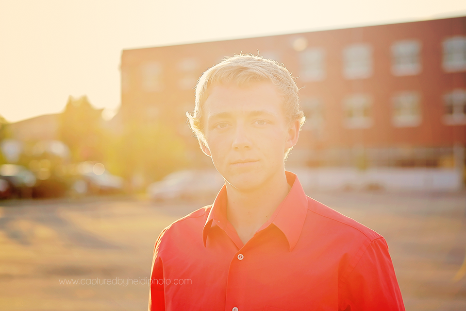 6-central-iowa-senior-photographer-captured-by-heidi-down-town-des-moines-senior-picture-session.png