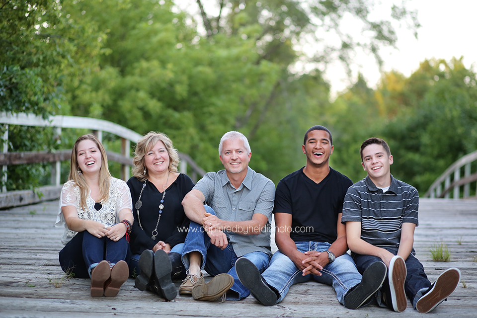 2-central-iowa-family-photographer-huxley-ames-ankeny-begg-family.png