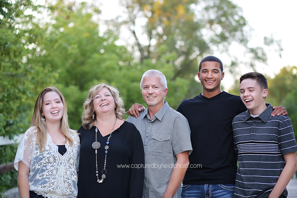 4-central-iowa-family-photographer-huxley-ames-ankeny-begg-family.png