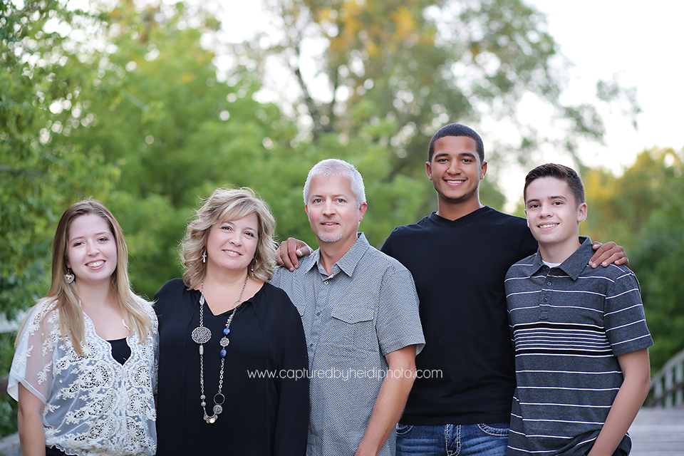6-central-iowa-family-photographer-huxley-ames-ankeny-begg-family.png