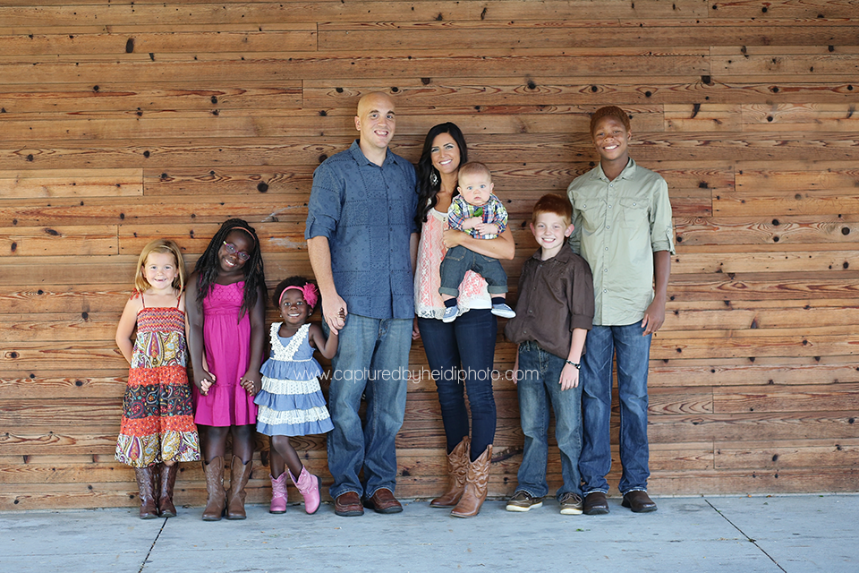 4-central-iowa-family-photographer-huxley-ames-ankeney-captured-by-heidi-sullivan-family-pictures.png
