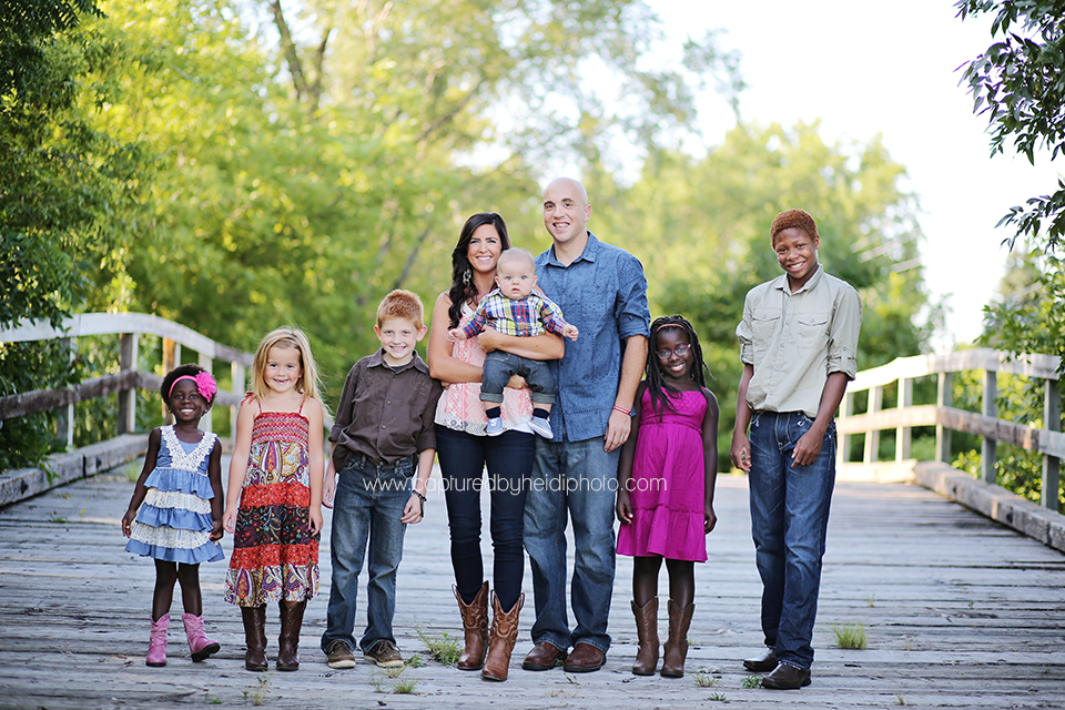 3-central-iowa-family-photographer-huxley-ames-ankeney-captured-by-heidi-sullivan-family-pictures.png