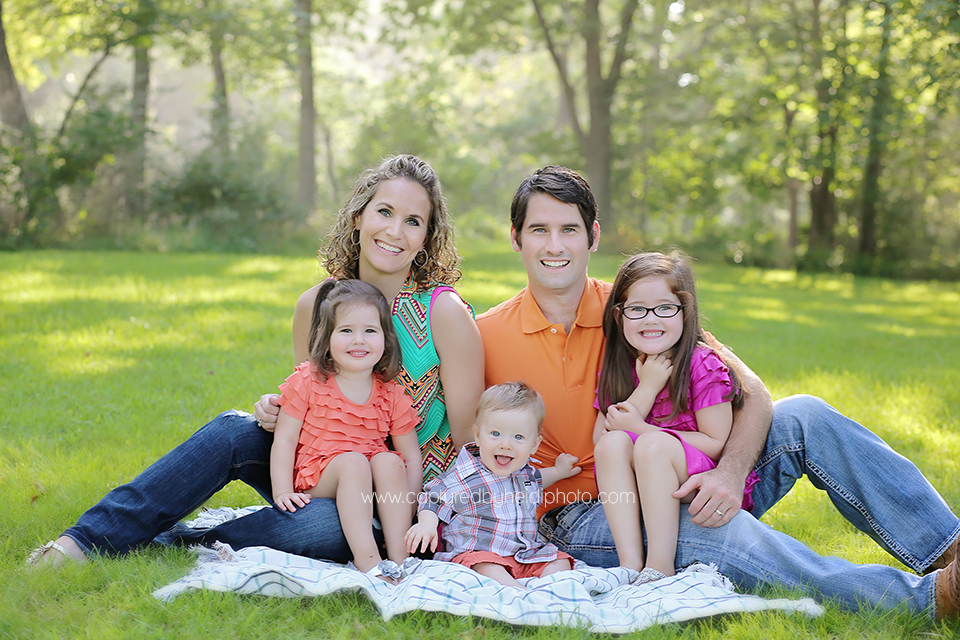 1-central-iowa-family-photographer-huxley-desmoines-ankeny-rauterkus-family-pictures.png