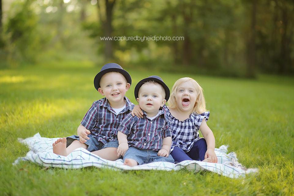 5-central-iowa-baby-photographer-huxley-desmoines-long-family-capturedbyheidi.png