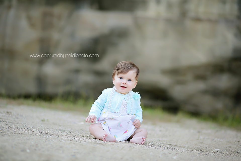 3central-iowa-baby-photographer-huxley-madrid-johnston-desmoines-ledges-state-park-six-month-old-pictures.png