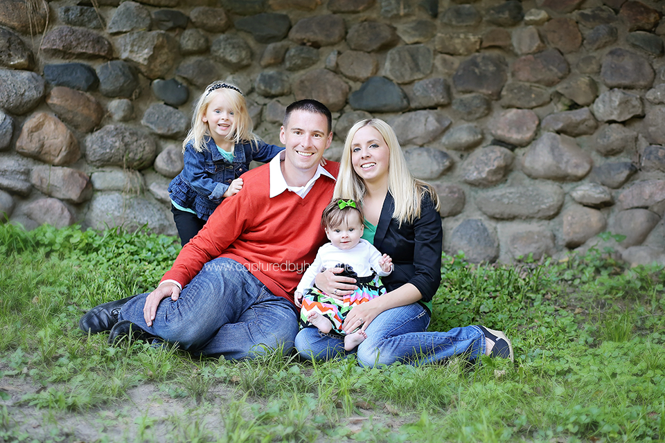 2-central-iowa-family-photographer-huxley-ames-desmoines-johnston-madrid-boone-ledges-state-park-boege-family-pictures.png