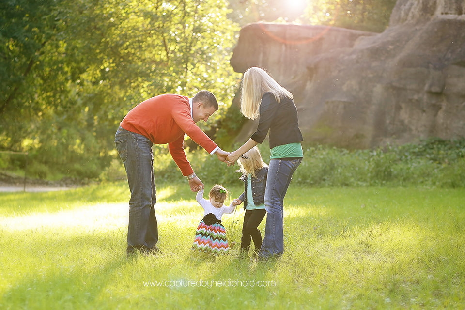 1-central-iowa-family-photographer-huxley-ames-desmoines-johnston-madrid-boone-ledges-state-park-boege-family-pictures.png
