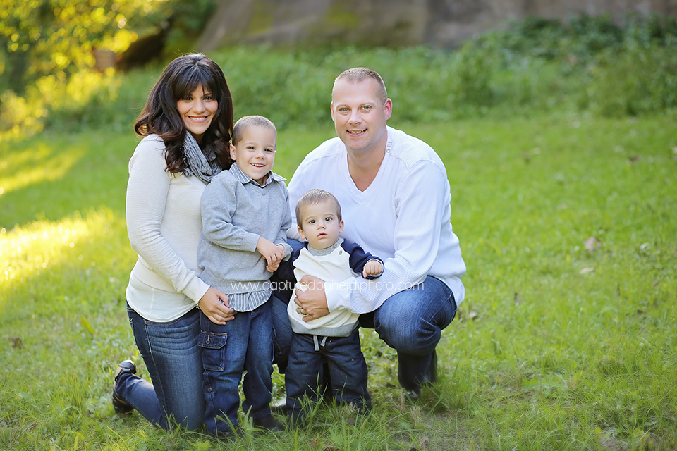 1-central-iowa-family-photographer-huxley-madrid-boone-panora-swanson-family-pictures-ledges-state-park.png