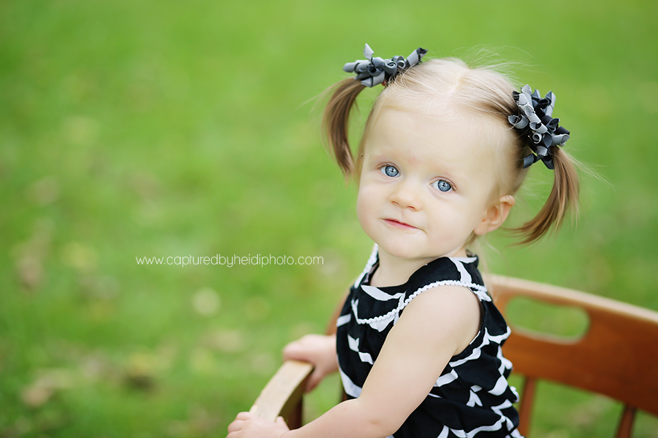 1-central-iowa-baby-photographer-huxley-ames-schmidt-one-year-pictures.png