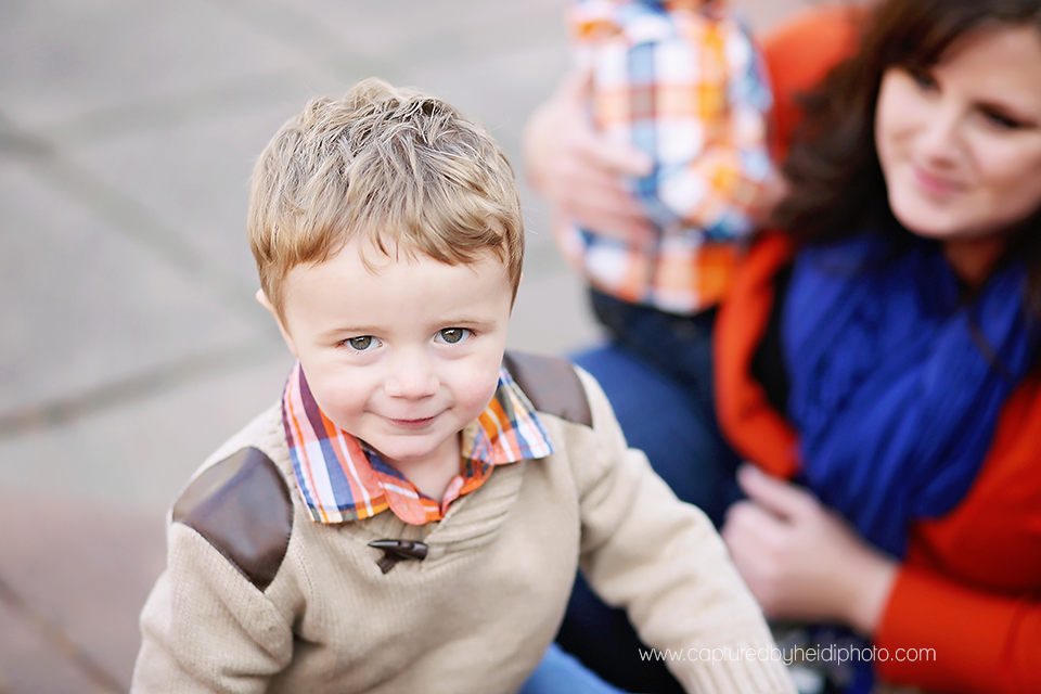 1-turner-central-iowa-family-photographer-huxley-boone-ankeny-down-town-desmoines-family-session.png