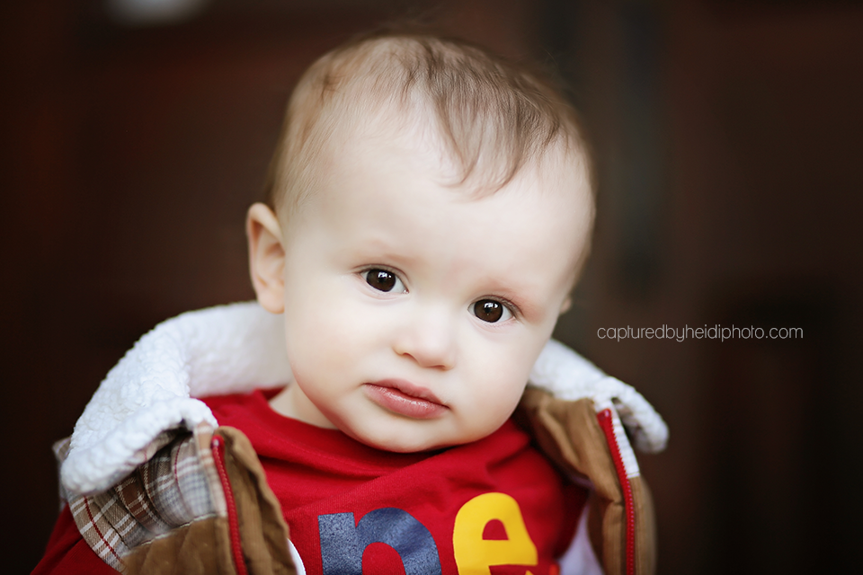 3-pontier-central-iowa-baby-photographer-huxley-indianola-down-town-des-moines-baby-pictures.png