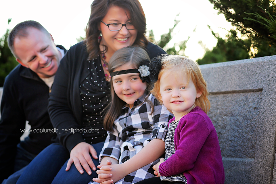 1-gibson-central-iowa-family-photographer-huxley-waukee-downtown-desmoines-family-pictures.png
