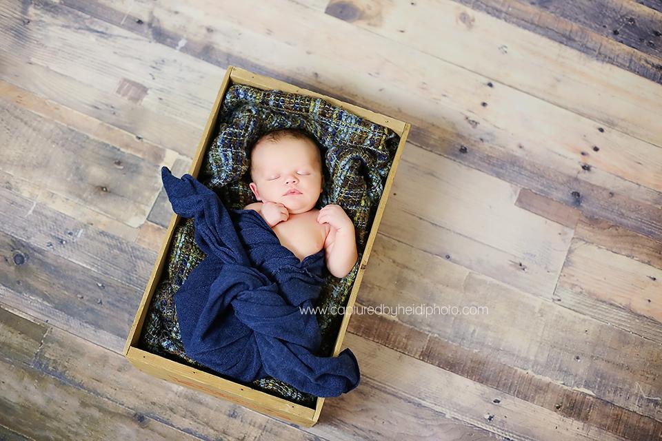 6-chyma-central-iowa-newborn-photographer-huxley-ames-newborn-baby-boy-pictures.png