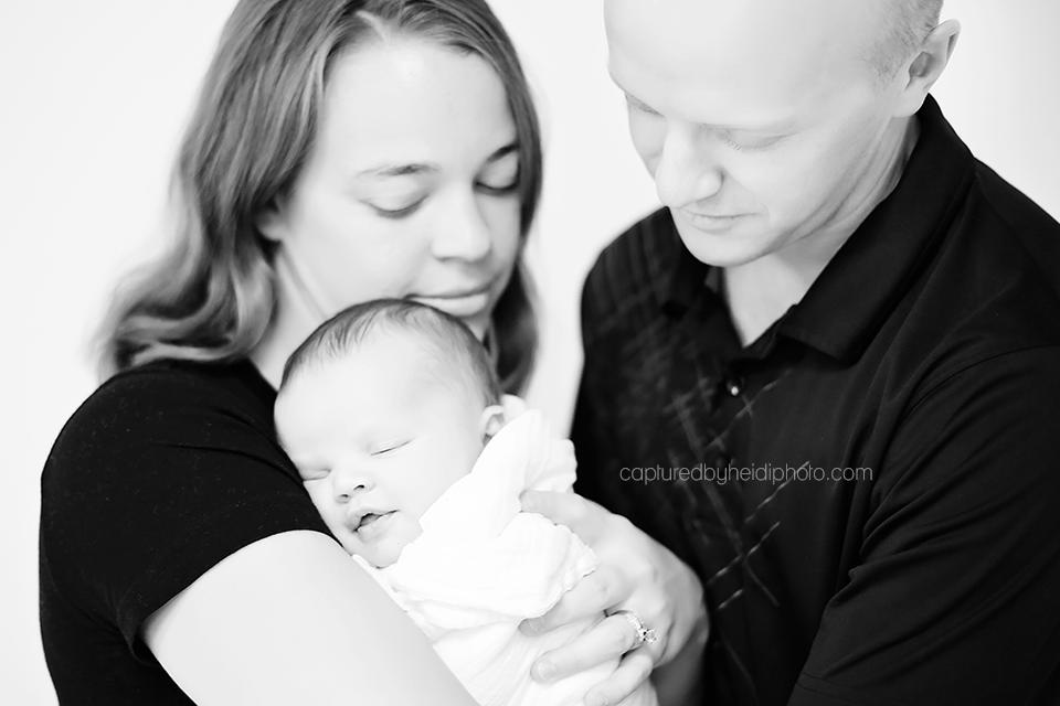 7-chyma-central-iowa-newborn-photographer-huxley-ames-newborn-baby-boy-pictures.png