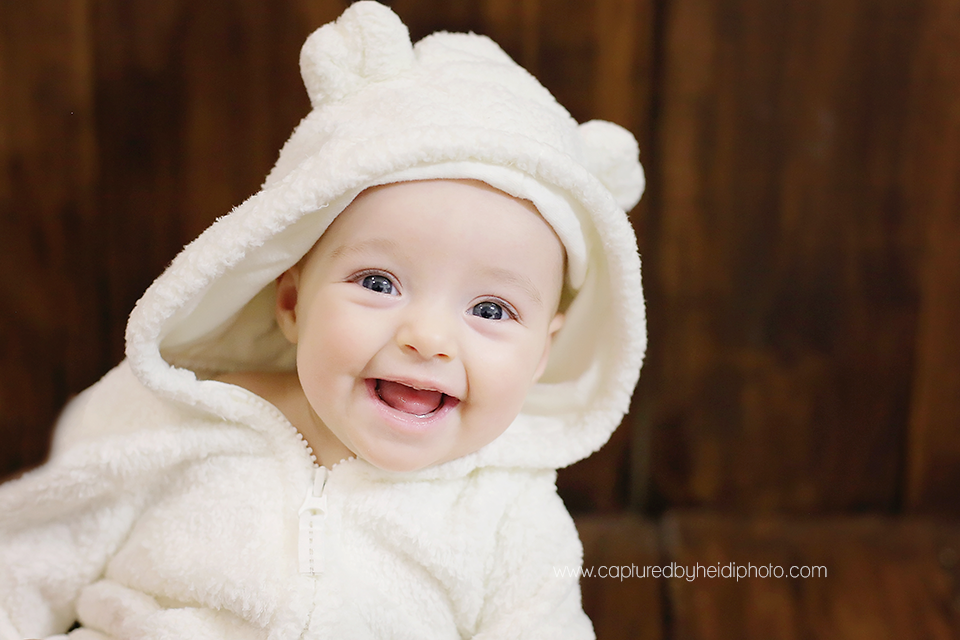11-central-iowa-baby-photographer-huxley-ames-marshalltown-allison-welter-four-month-baby-girl-pictures.png