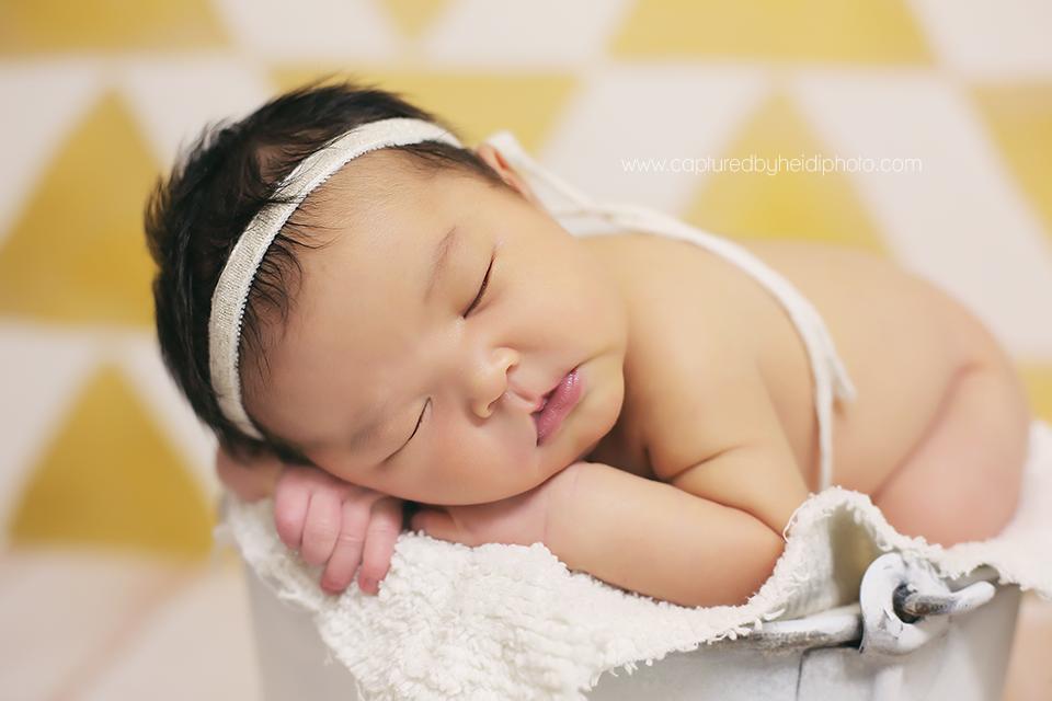 2-central-iowa-newborn-photographer-huxley-ames-nevada.png
