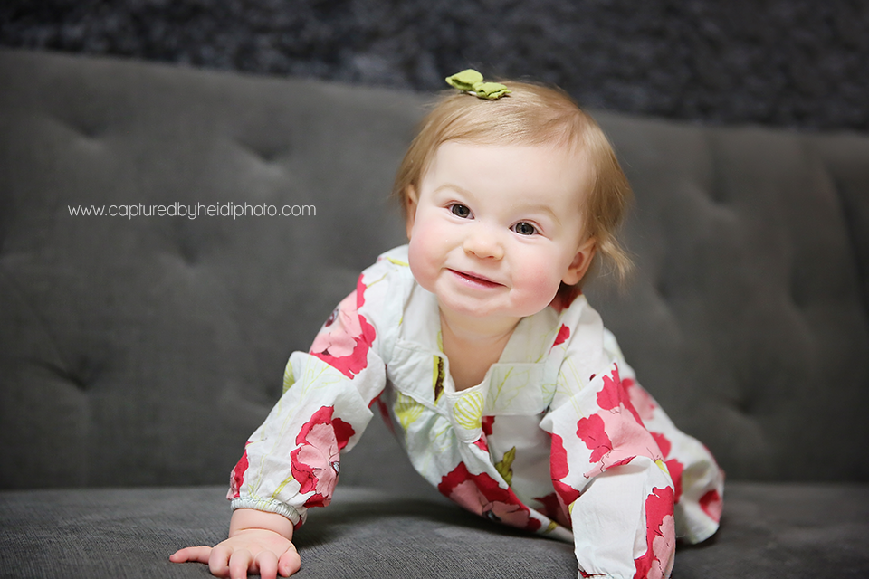 3-central-iowa-baby-photographer-huxley-des-moines-one-year-girl-pictures.png