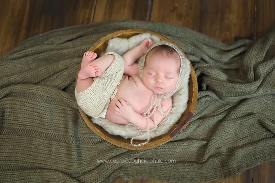 7-central-iowa-newborn-photographer-huxley-desmoines-condon.png