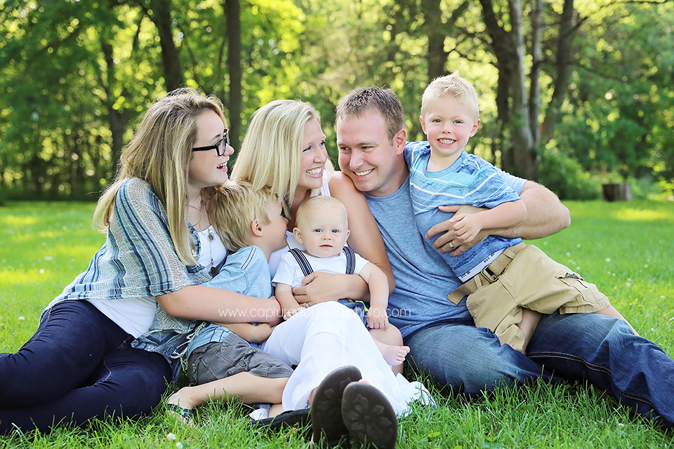 5-central-iowa-family-photographer-huxley-ankeny-boone-schlichte-family.png