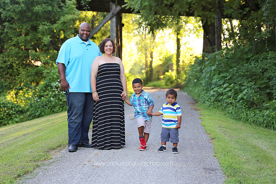 1-central-iowa-family-photographer-ankeny-ames-huxley-desmoines-cbh-white.png