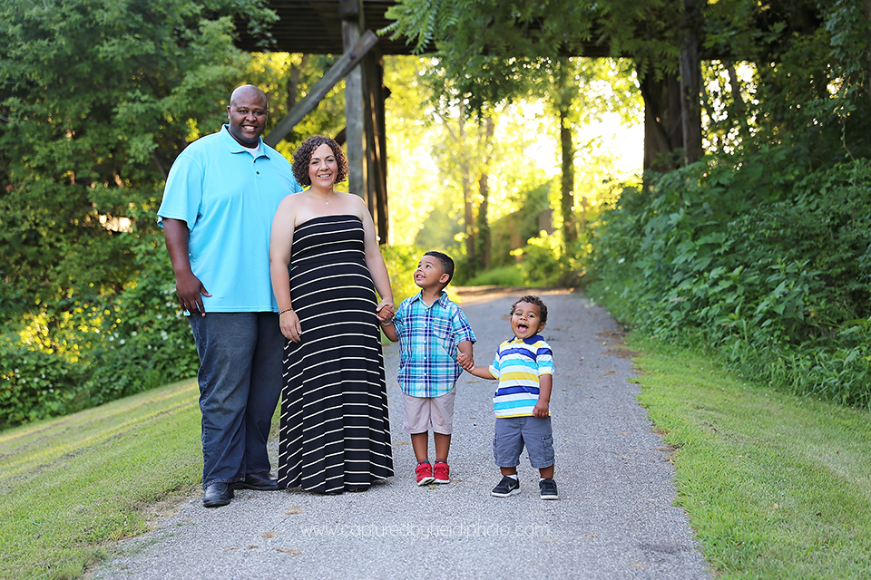 2-central-iowa-family-photographer-ankeny-ames-huxley-desmoines-cbh-white.png